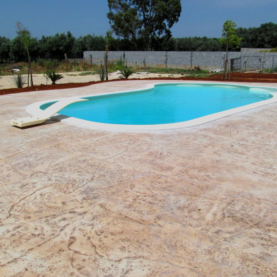 Petito pavimentazioni a veglie del taglia piscine - Del taglia piscine chiude ...